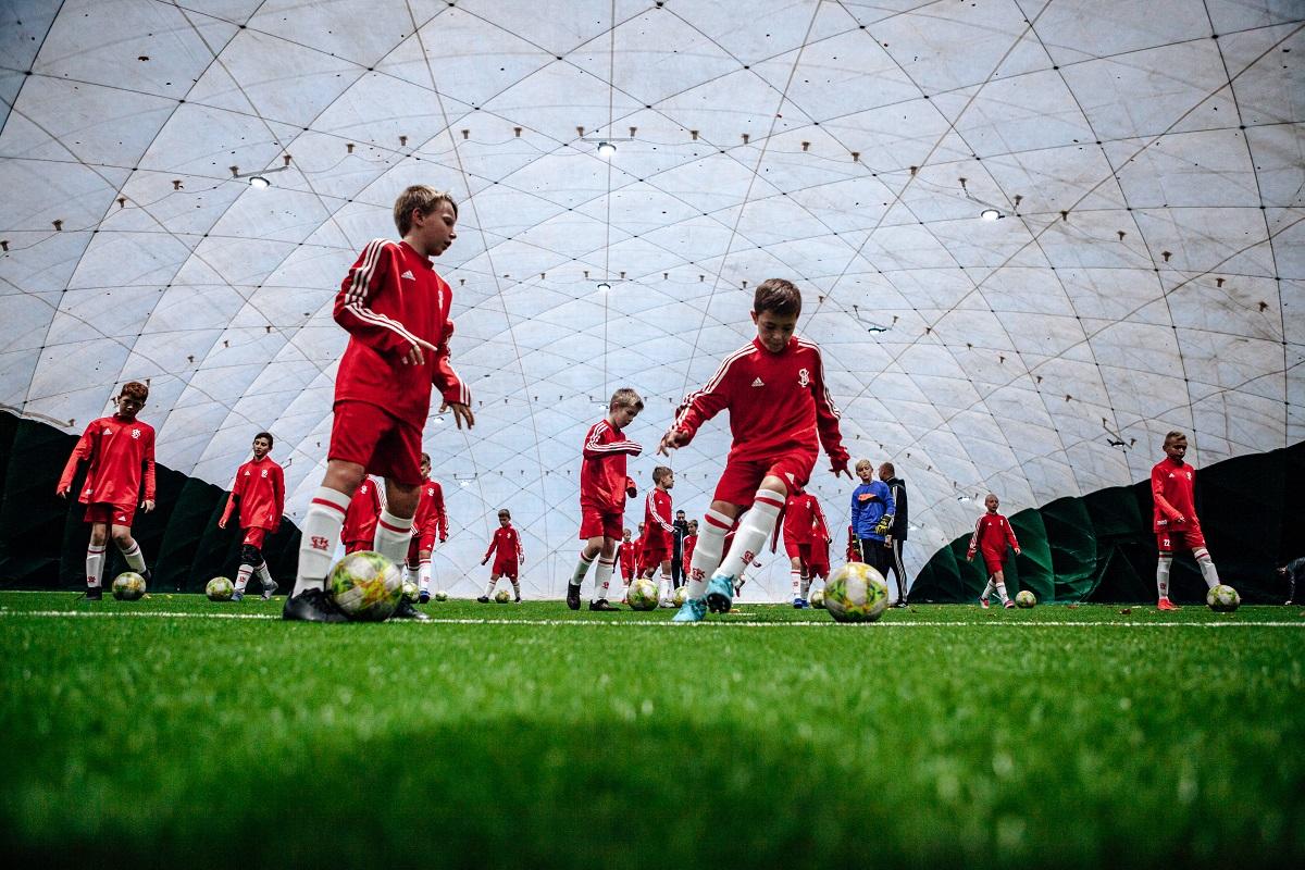 szkola gortata akademia lks baza treningowa 1 - Ucz się i trenuj w najlepszej szkole sportowej w regionie