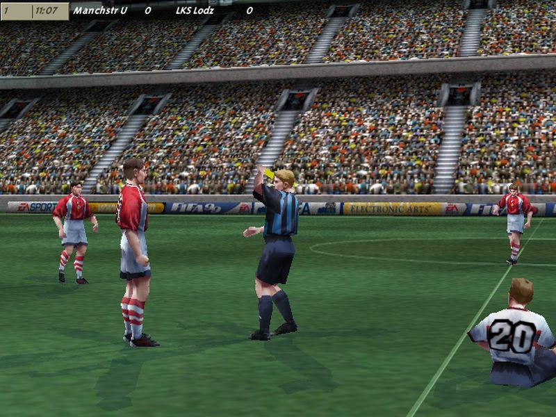 """5 fifa zolta kartka - """"Czerwone Diabły"""" za burtą! Zobacz jak wyglądał ŁKS w grze FIFA 99"""