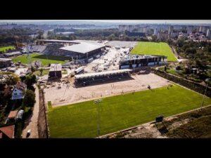 Budowa stadionu w Szczecinie – Coraz więcej zielonych boisk