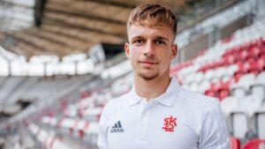 Kolejny utalentowany nastolatek został zawodnikiem ŁKS-u