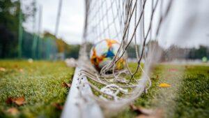 Read more about the article W środę badanie. Piłkarze o sprawność muszą zadbać w domach