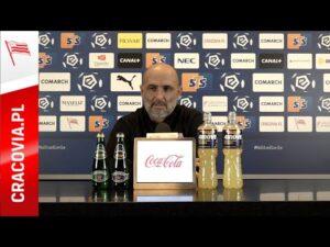 Read more about the article Konferencja Trenera Michała Probierza przed meczem z Wisłą Kraków  #derby200 (03.12.2020)