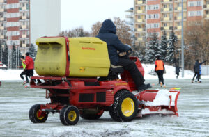Read more about the article Zdjęcia ze sparingu Apklan Resovia – Hutnik Kraków