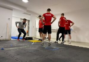 Read more about the article Piłkarze Apklan Resovii wrócili do treningów