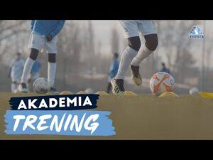Read more about the article Akademia Stali wróciła do treningów