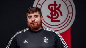 Read more about the article Trener #DlaPrzyszłości – Paweł Karasiak