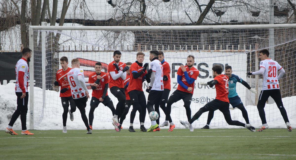 37 1 - Zdjęcia z meczu Apklan Resovia – Skra Częstochowa