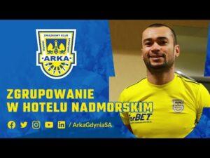Read more about the article ZGRUPOWANIE W HOTELU NADMORSKIM. SPRAWDZAMY CO SŁYCHAĆ U ARKOWCÓW!