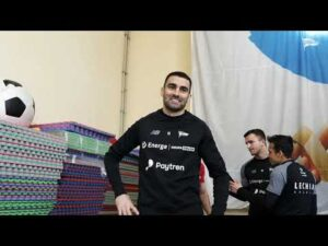 Read more about the article Przygotowania do meczu ze Stalą Mielec! | #LechiaTrenuje