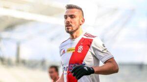 ŁKS przedłużył umowę z Adrianem Klimczakiem