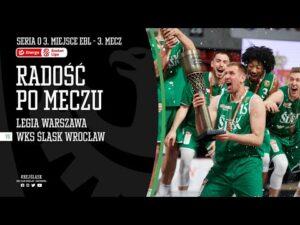 Radość zawodników Śląska Wrocław po zdobyciu brązowego medalu EBL