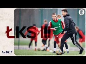 Read more about the article ŁKS III wraca na ligowe boiska