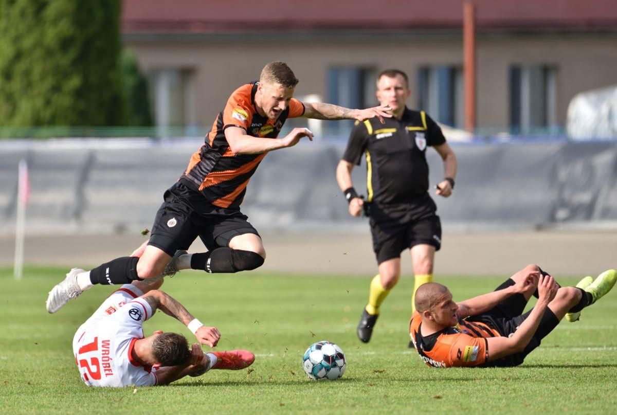 34 - Zdjęcia z meczu Apklan Resovia – Chrobry Głogów