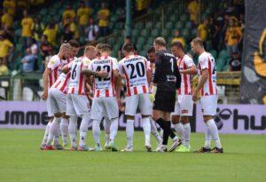 Read more about the article Zdjęcia z meczu GKS Katowice – Apklan Resovia Rzeszów