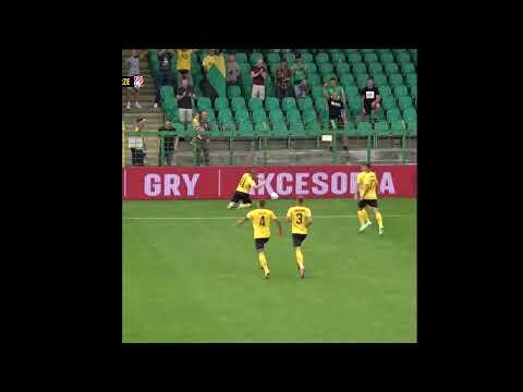 Read more about the article Gol Adriana Błąda w meczu z Resovią Rzeszów (31 07 2021) #shorts