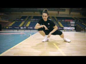 Read more about the article Handballowe życzenia od siatkarek z okazji Dnia Chłopaka