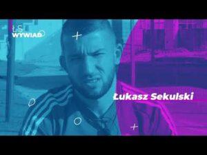 """Read more about the article Łukasz Sekulski – """"Biorę życie takie, jakie jest"""""""