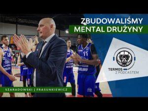 Read more about the article #111: Termos z Podcastem: Zbudowaliśmy mental drużyny & Ku pamięci | Stal Ostrów Wlkp.