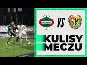 Read more about the article Remis z wiceliderem w strugach deszczu [KULISY]