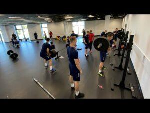 Read more about the article Cztery dni do Wisły – Poranny trening w siłowni CSDiM